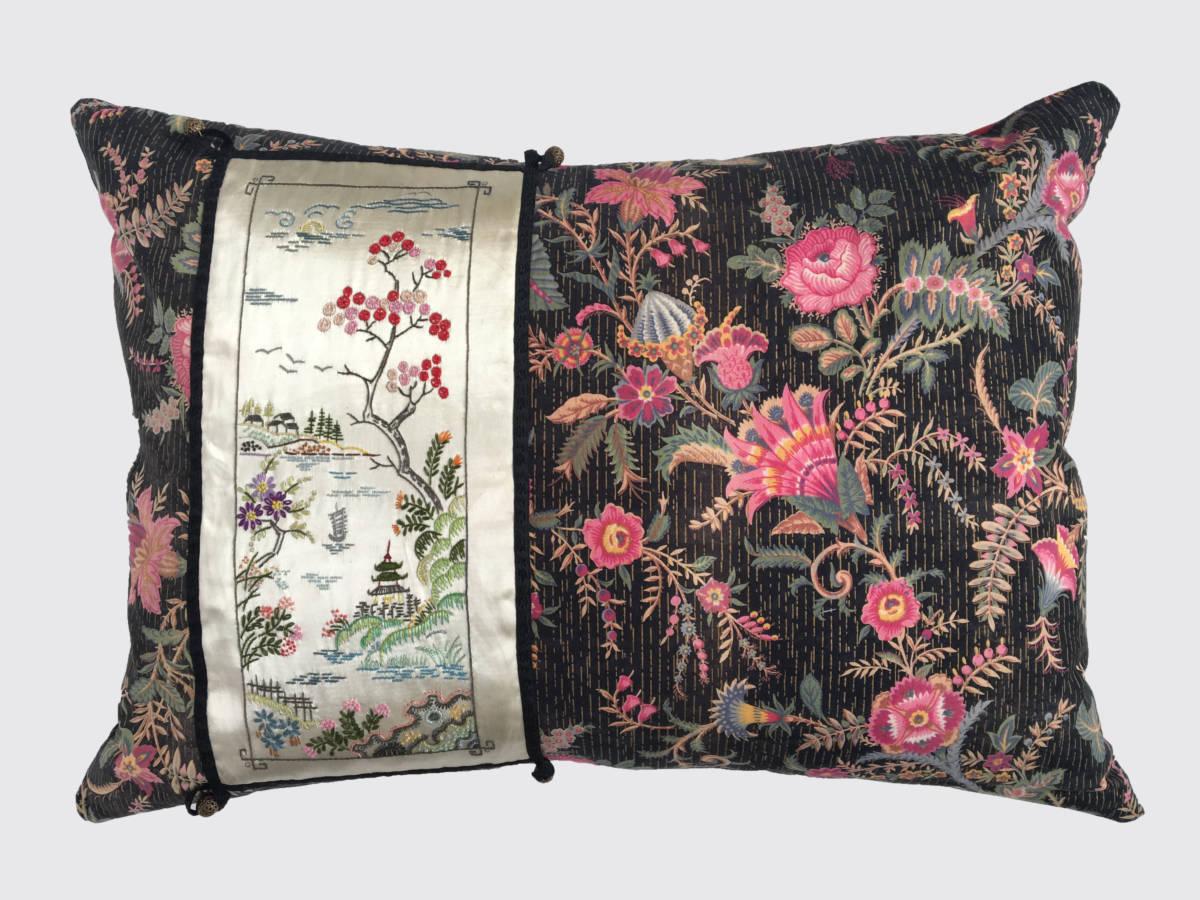 50x70cm voorzijde: Franse katoen ±1870 met Chinees borduurwerk