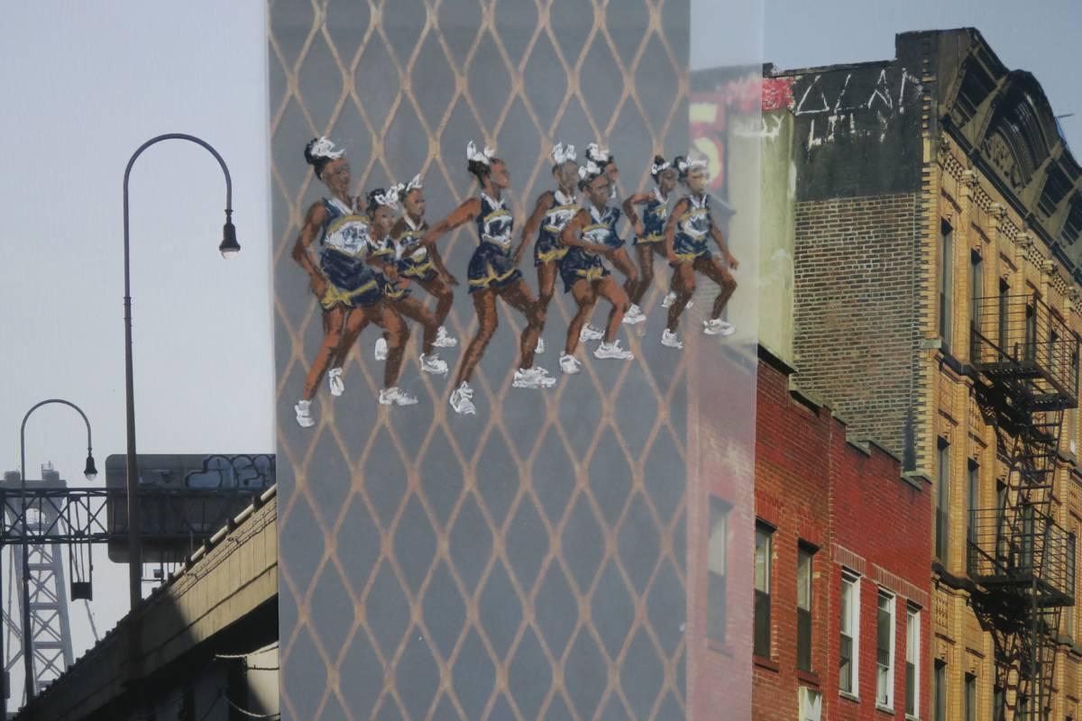 Serie: Connecting the unknown 'New York Cheerleaders' drieluik 67x46cm Gemengde techniek: eigen beeld, kalkpapier en pastel. (sold)